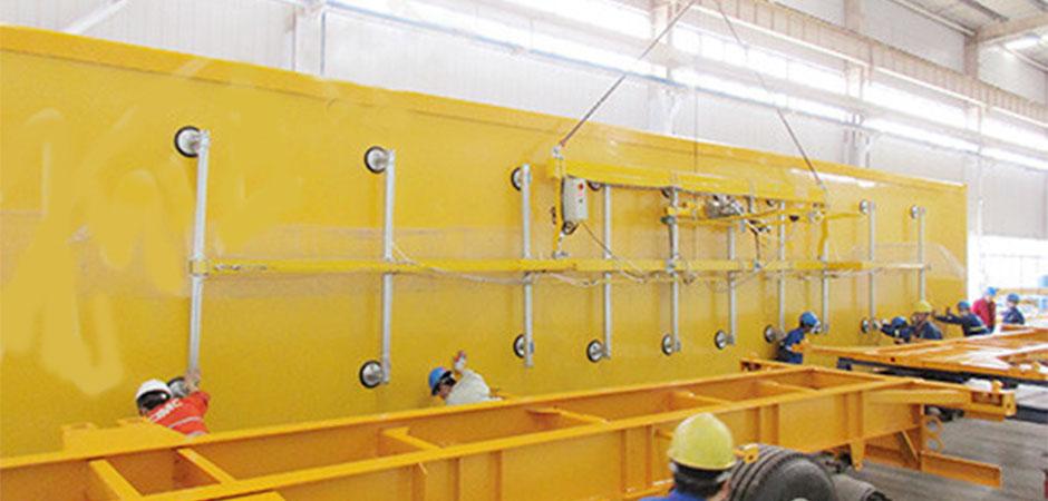Vacuum equipment-Board suction crane